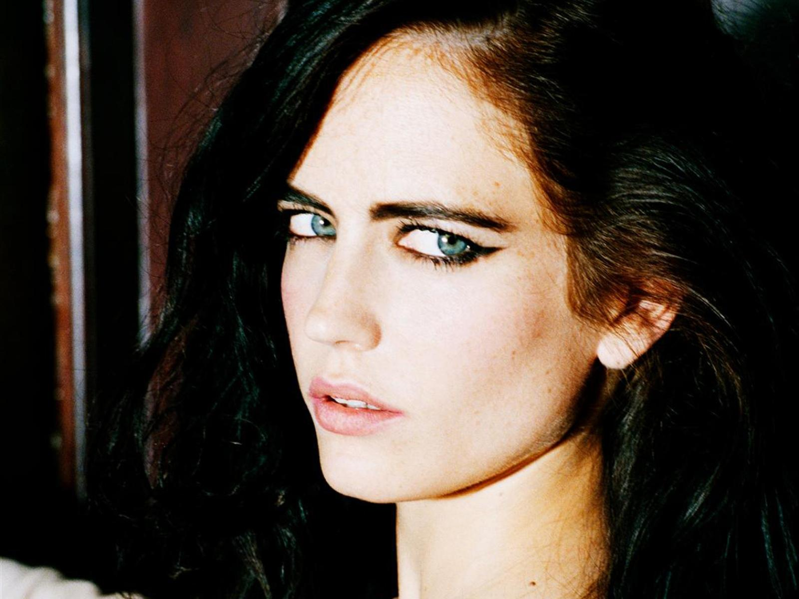 The Beautiful Miss Eva Green Is My Favourite Bond Girl & She Looks At