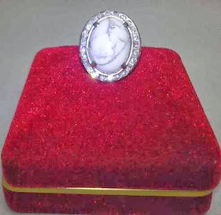 Jual Batu Cincin Pyrus Putih Langka
