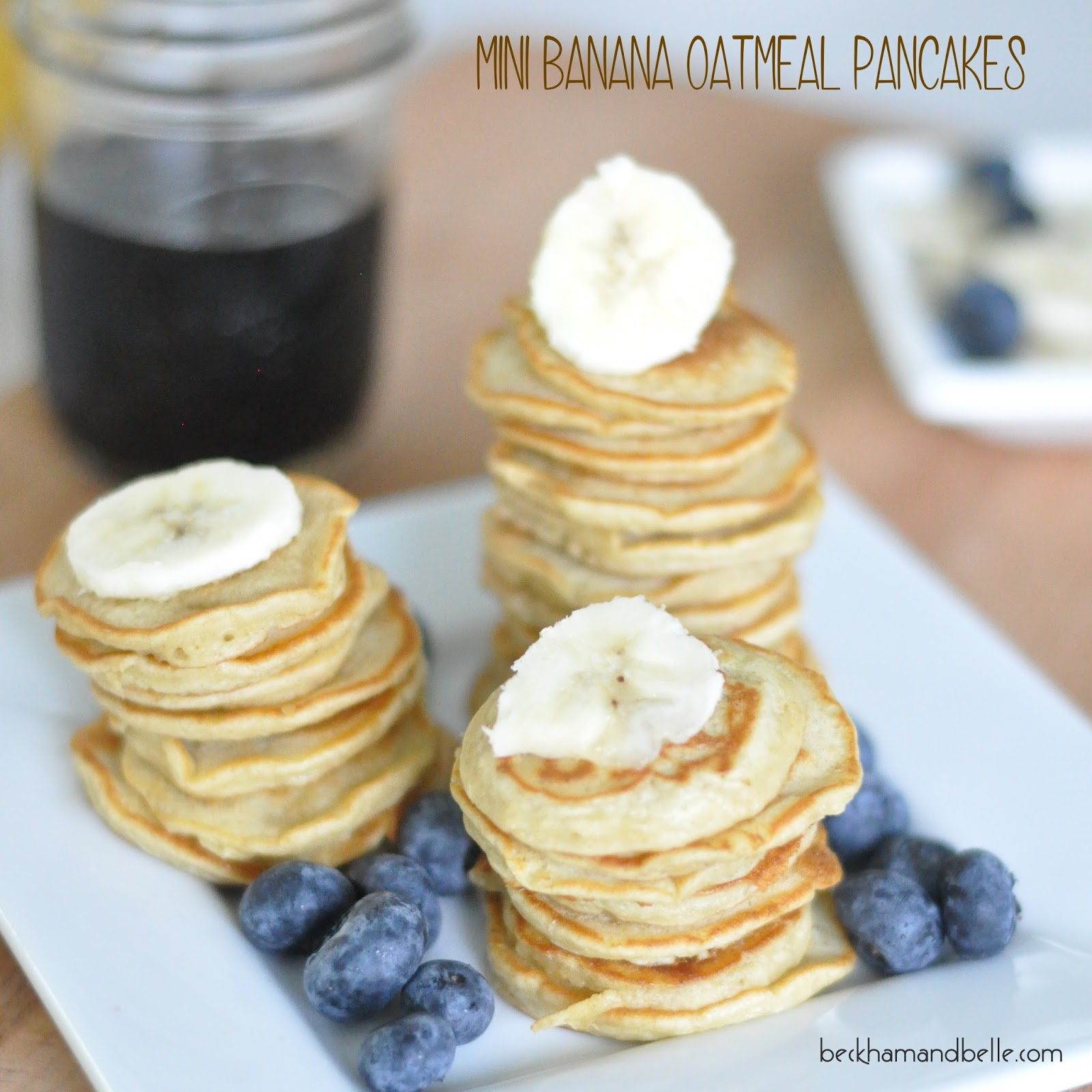 Mini Banana Oatmeal Pancakes