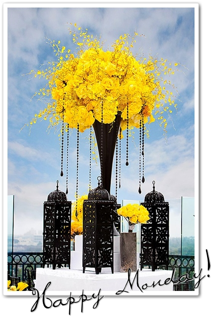 blommor gult & svart, center piece black & yellow, blommor marockanska lyktor