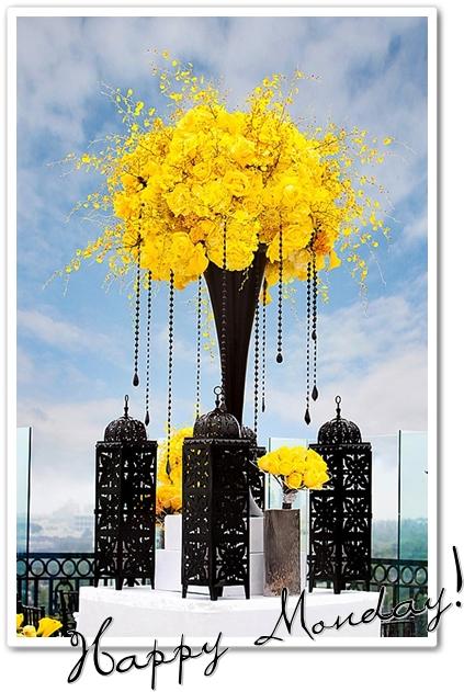 blommor gult & svart, center piece black & yellow, blommor marockanska lyktor