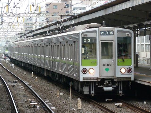 都営新宿線 各停 本八幡行き1 10-000形190F