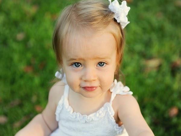 Photo bébé mignon 16 mois