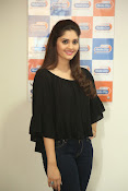 surabhi latest gorgeous looking pics-thumbnail-19
