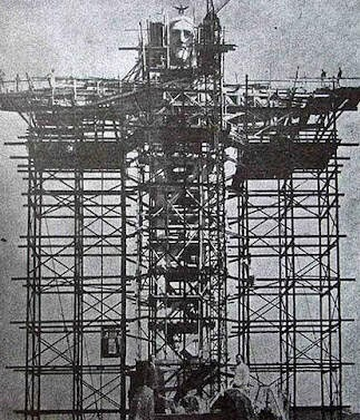 Rarest Historical Photos, That you can Never Forget. - The Construction of Christ the Redeemer in Brazil (Rio da Janeiro)