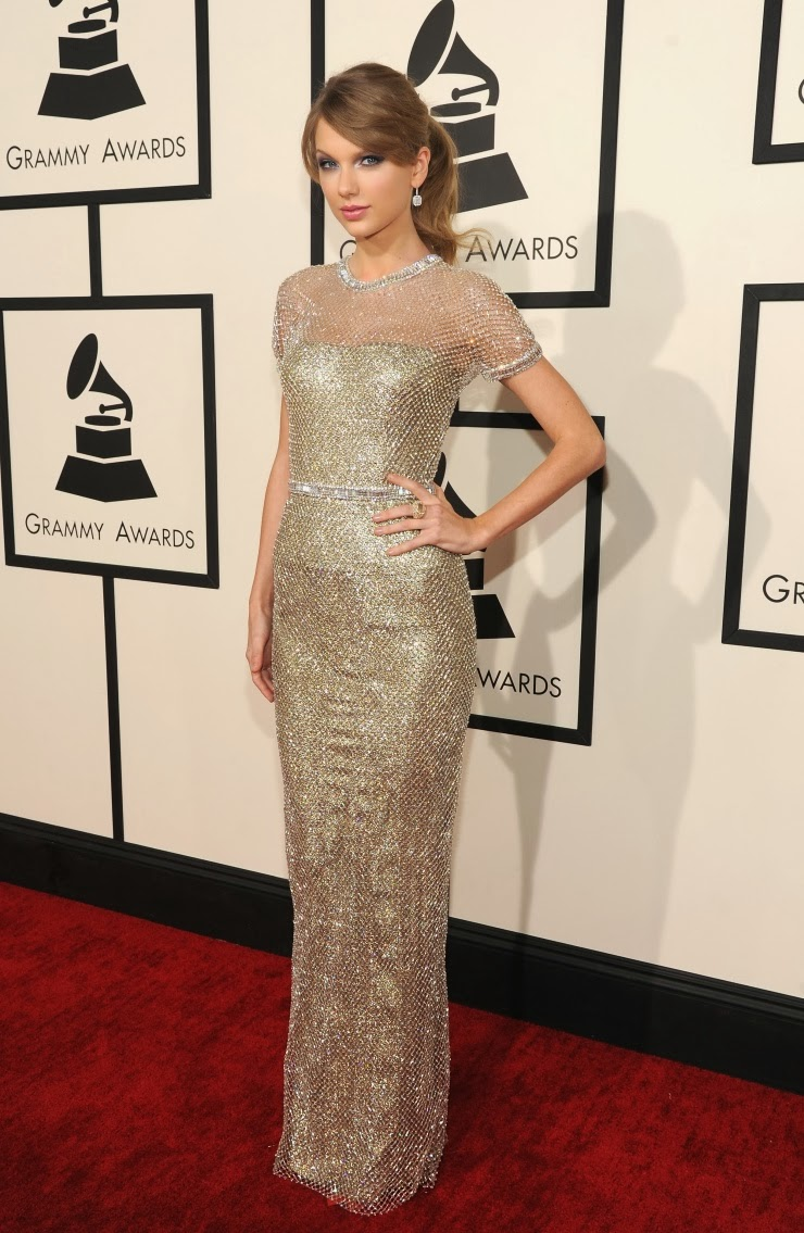 taylor swift at the grammys 2014 wearing a gucci dress