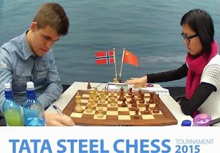 GM Magnus Carlsen - GM Yifan Hou
