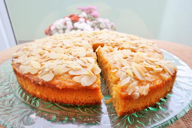 Portakallı Mısır Unlu Islak Kek