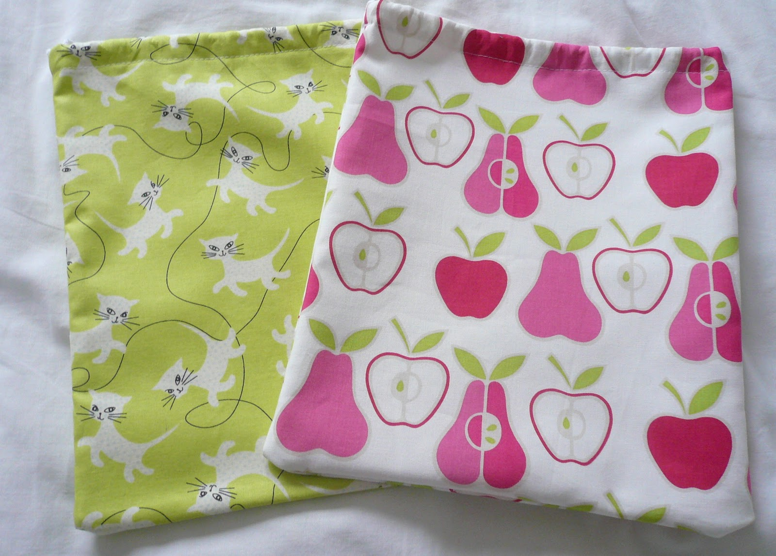 Handmade Jane: Kid's Wash Bag Tutorial