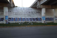Pegatina de afiches por La Cámpora San Vicente
