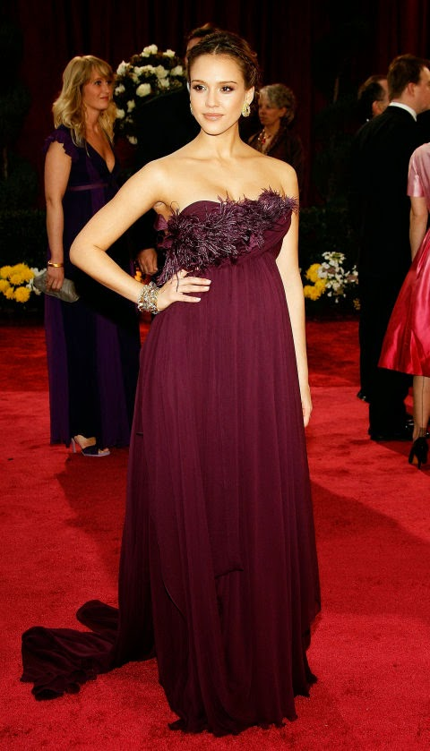Jessica Alba's Pregnant Style in Marchesa at the 2008 Academy Awards