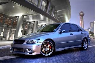 Lexus IS 300 Pictures