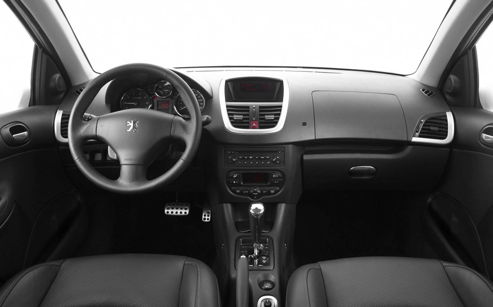 Peugeot 207 passion muda nome para 207 sedan car blog br for Peugeot 207 interior