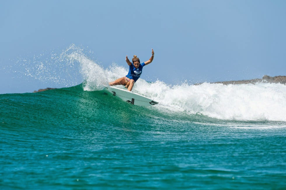 35 Roxy Pro Gold Coast 2015 Coco Ho Foto WSL Kelly Cestari
