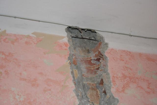 danno nel muro damage to wall