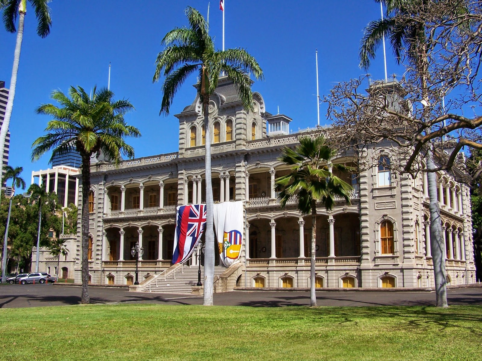 Iolani Palace with flags