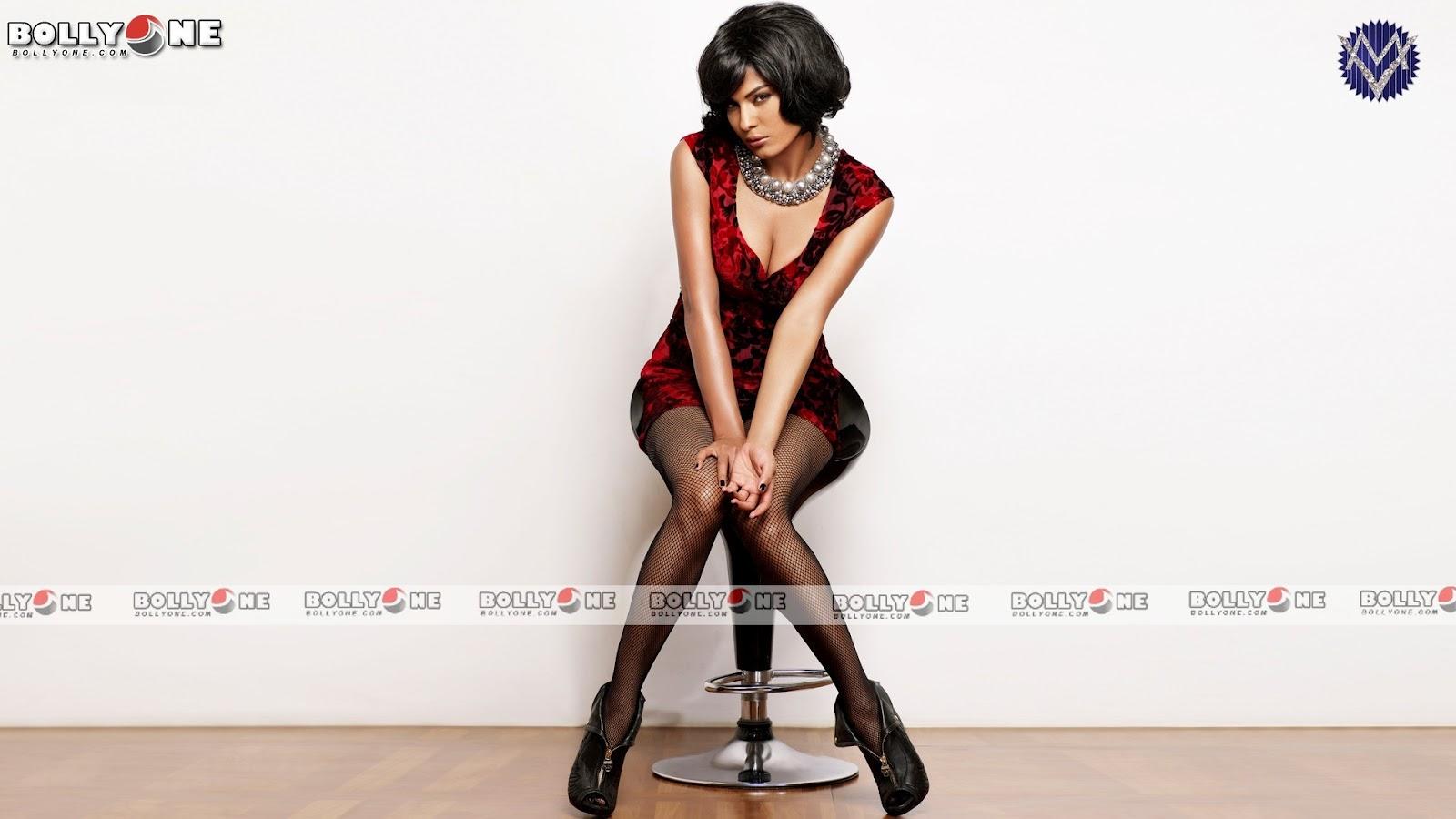 ,  Veena Malik Latest Hd Bikini Pics