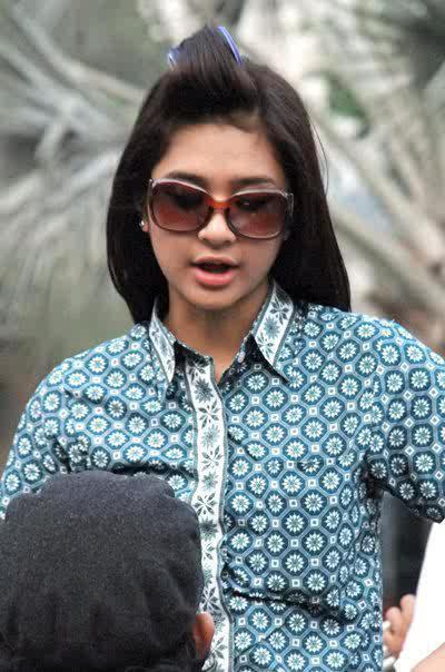 Foto ABG bohay Mikha Tambayong manis