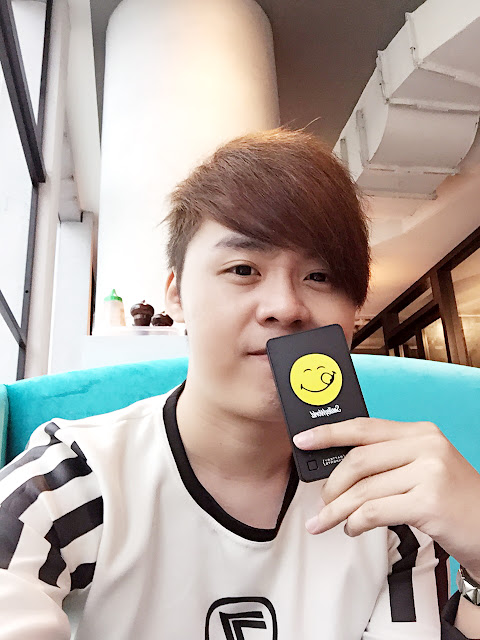 GP Smiley x Powerbank - Singapore Blogger Evilbean