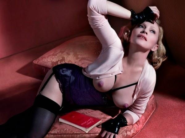Madonna posing as nude
