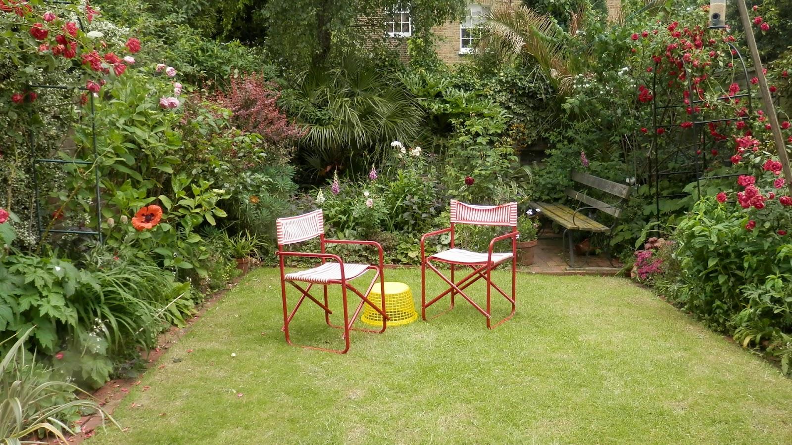 Small gardens ideas canada photograph we will get more for Garden design ideas canada