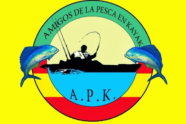 Amigos pesca kayak