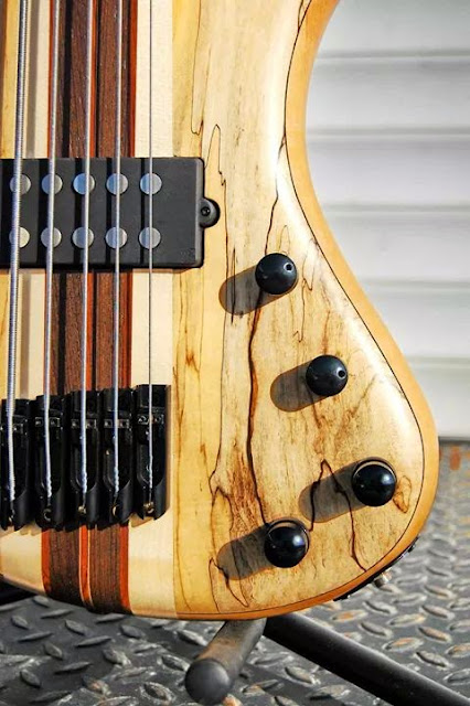 Skervesen Rhinø Bass