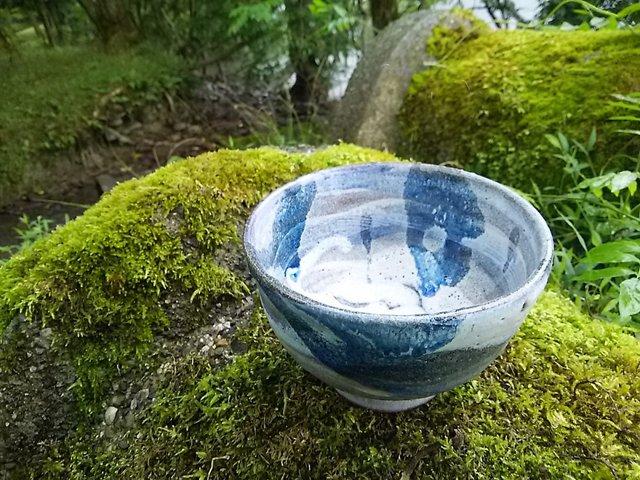 流水柄の茶碗