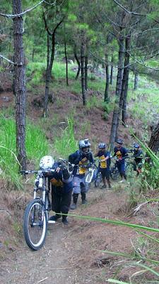 "Ada seorang peserta yang berkata, ""Menuntun sepeda tidak haram kok"""