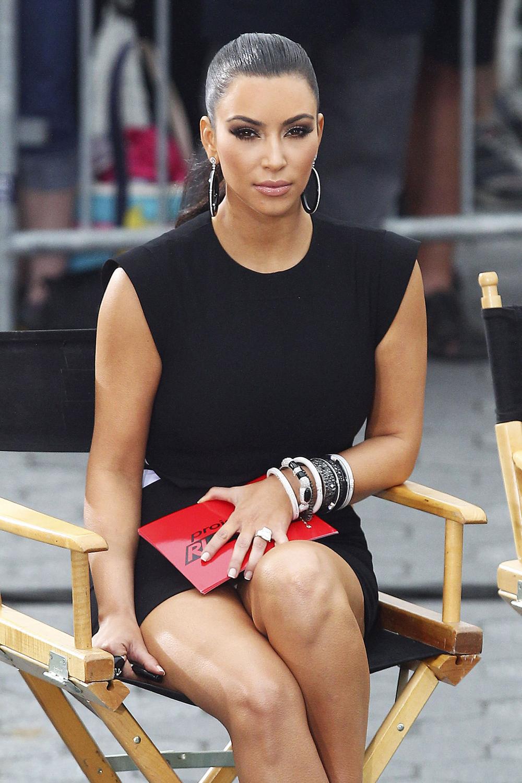 Kim Kardashian Black Ponytail Hairstyles 06