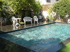 Ara construcciones en general la piscina perfecta para for Patio chico con pileta
