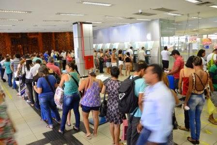 Nos três dias de greve, apenas caixas eletrônicos funcionaram.  Foto: Adriano Abreu