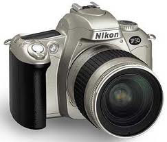 Nikon F55 (Analógica)