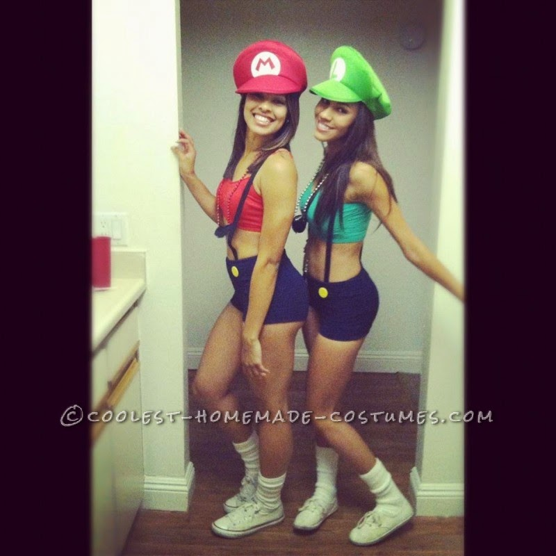 Sexy and Simple Mario and Luigi Couple Costume for Women  sc 1 st  Halloweenu0027s Best Costumes And Ideas & Halloweenu0027s Best Costumes And Ideas: Sexy and Simple Mario and Luigi ...