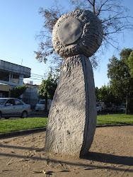 Escultura en homenaje a Chillán - Avda. Argentina
