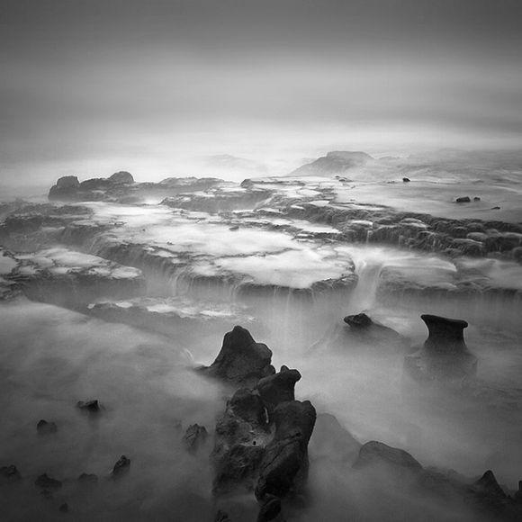 Hengki Koentjoro fotografia paisagem onírica natureza preto e branco