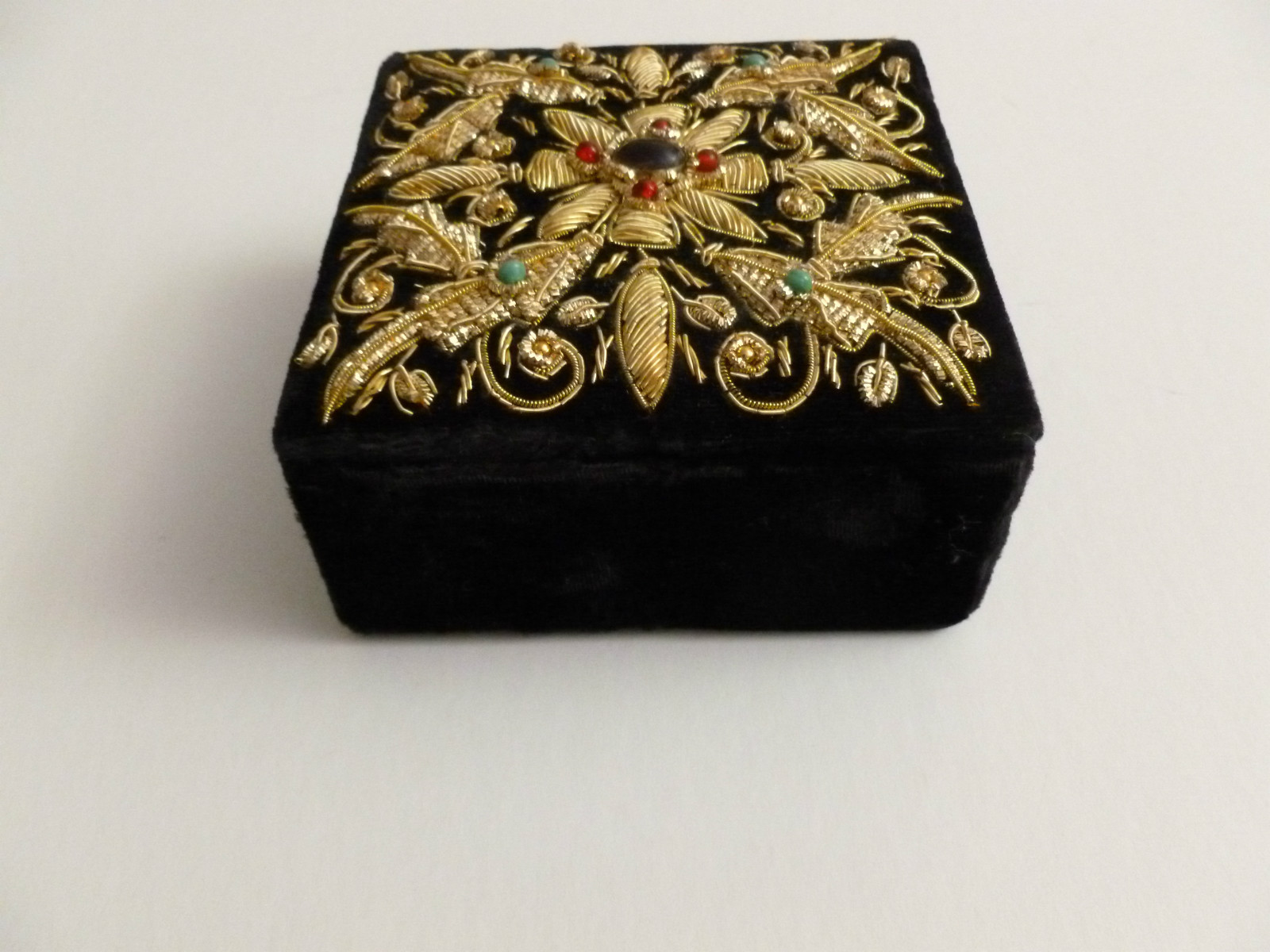Indian Fabric Embroidered Jewelry Box Jewellery India