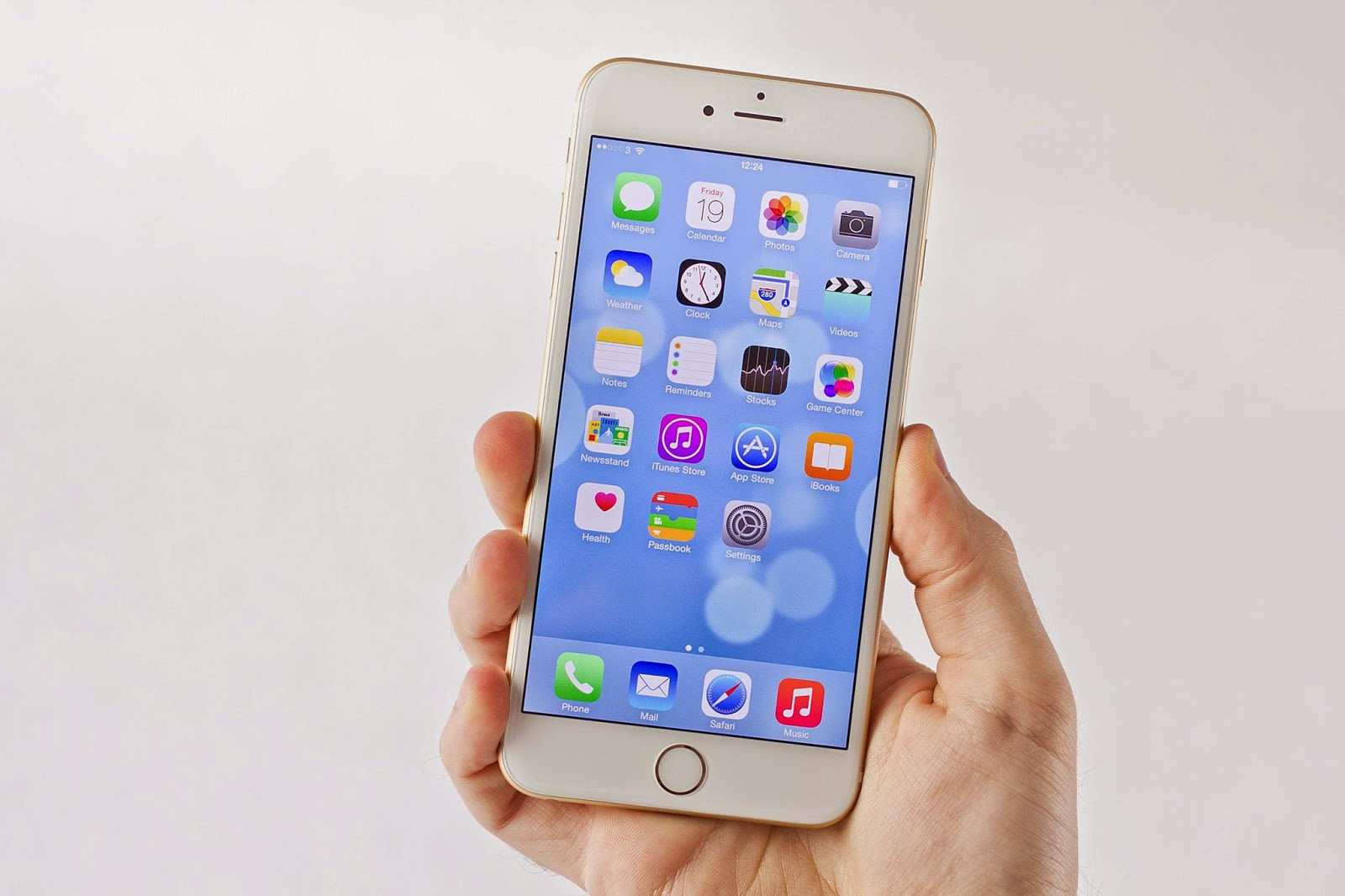 iPhone 6 Datang, iPhone Lawas Belum Hilang