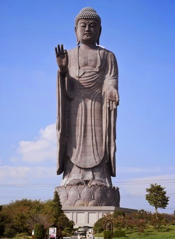 Ushiku Daibutsu Vs Statue Of Liberty Cross-Cultural Communi...