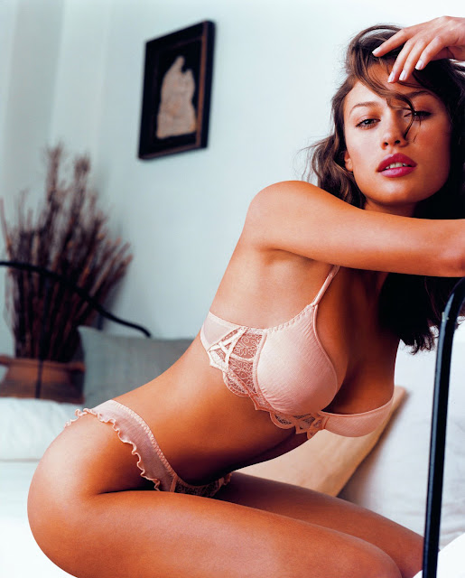 Ukraine Actress Olga Kurylenko Photo Gallery