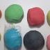 كيفية صنع طين الصلصال او معجون اللعب بطريقة سهلة وآمن للأطفال