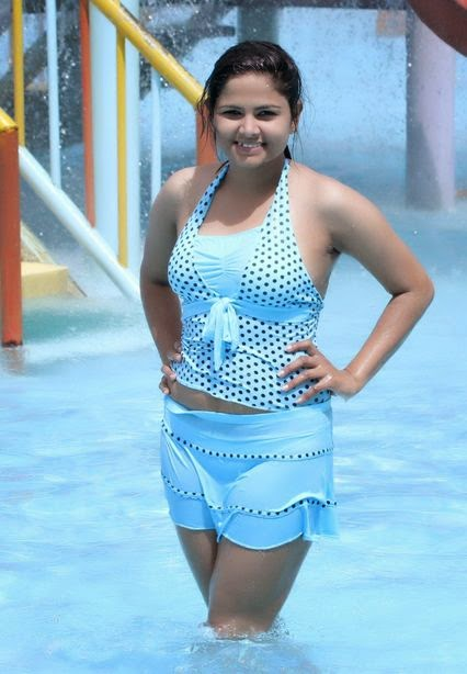 miss ecollege model saroja chaudhari