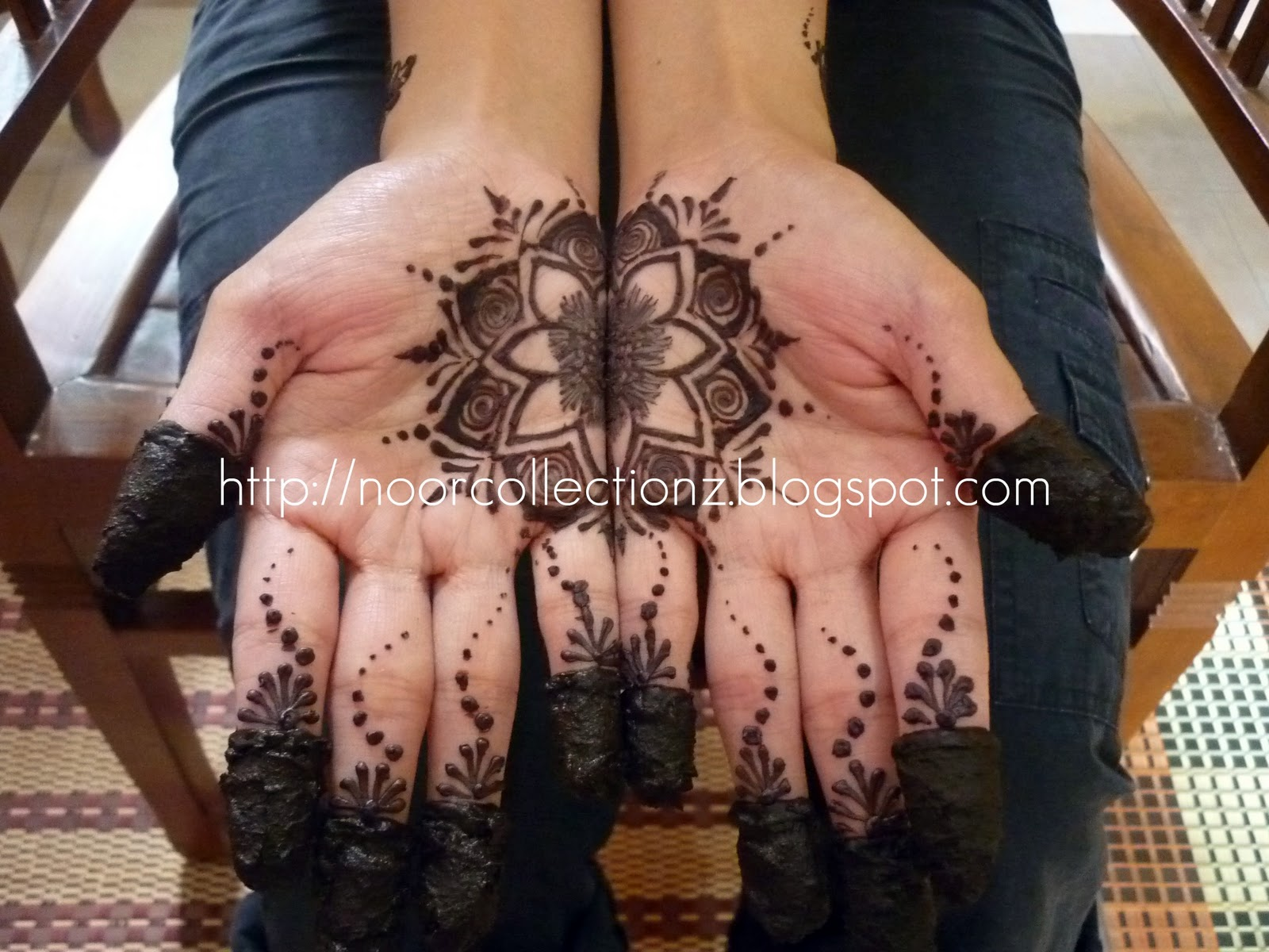 Sharz And Catz Henna Inai Booked