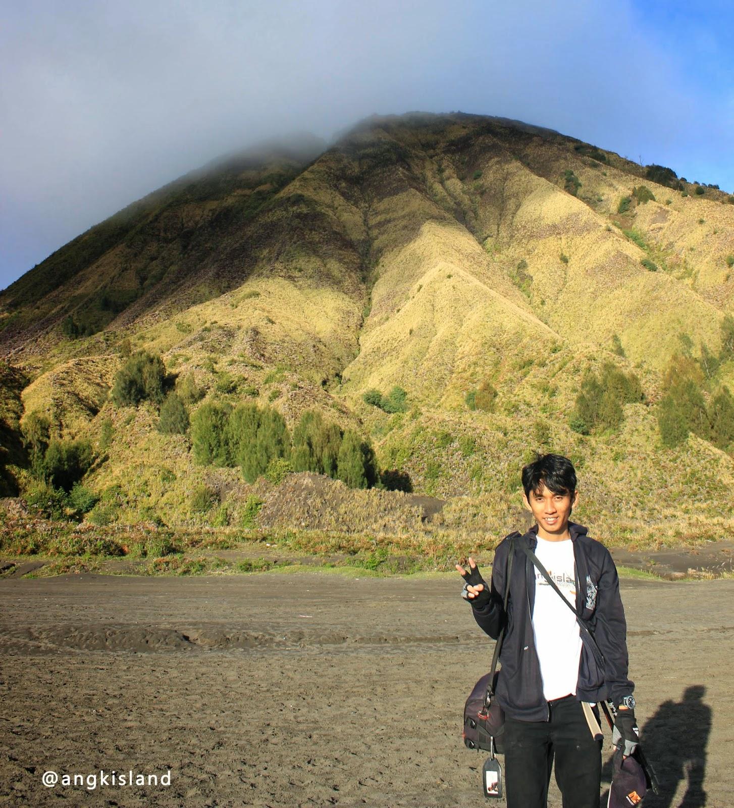 Gunung Batok Bromo