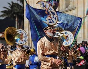 Comparsas rendirán homenaje al Bicentenario de la Independencia este 11 de agosto por la Séptima