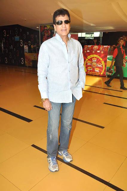Parineeti, Anil Kapoor & Jeetendra spotted at Cinemax