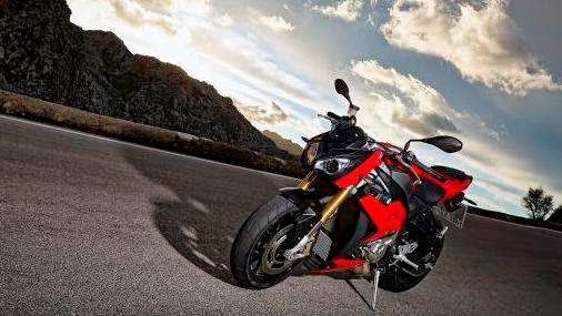 The BMW S 1000 R, Bavarian Street Fighter