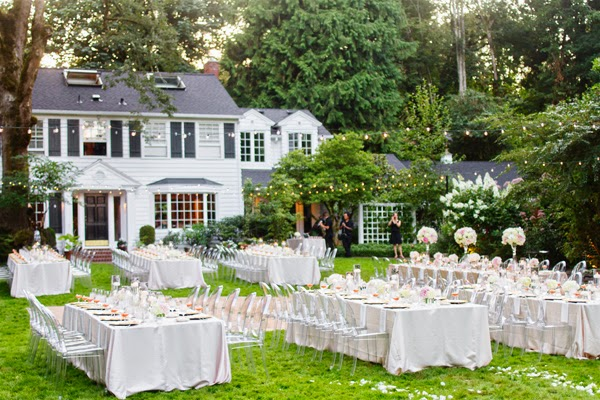 Home Backyard Wedding : Memorable Wedding A Simple Outdoor Wedding