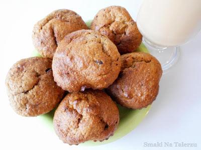 babeczki muffiny bananowe z banana z bananów z czekoladą