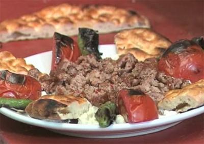 Ali Nazik Kebabı Nasıl Yapılır - Videolu Tarifi